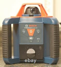 Bosch Professional (GRL1000-20HV) 1000-ft 360° Red Beam Self-Leveling Rotary Kit