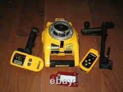 DeWalt DW075 360 Self Leveling Rotary Laser with accessories