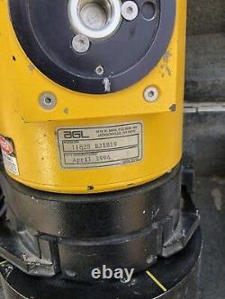 Agl 1182s Niveau Laser Rotatif Électronique Avec Base D'auto-niveautage Et Cordons, Boîtier