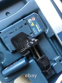 Bosch 1000 Pieds Faisceau Rouge Auto-niveautage Rotatif 360 Laser Niveau Kit