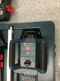 Bosch Grl250hv Autolissant Laser Rotatif Outil Avec Lr30 Rc1 & Bt152 & Bosch Gol26