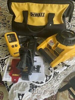 Dewalt Dw074 100ft Kit Laser Interior/exterior Rotary Dw074kd