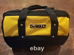 Dewalt Dw074kd 150ft Laser Rotatif À Nivellement Automatique Rouge Avec Détecteur, Pince Et Montage
