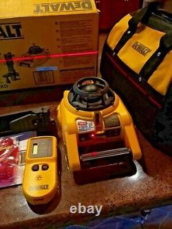 Dewalt Dw074kd Intérieur Et Extérieur Auto Nivellement Rotary Laser Avec Accessoires