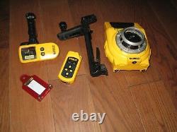 Dewalt Dw075 360 Laser Rotatif À Nivellement Automatique Avec Accessoires
