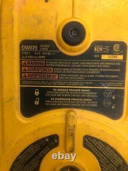 Dewalt Dw079 18v Auto-nivellement Rotary Red Laser Level Parts Or Repair Broken