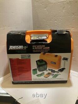Johnson 40-6543 Auto Nivellement Niveau Laser Rotatif Avec Accs Dans Le Cas