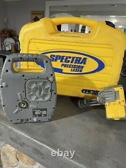 Spectra Precision Ll300 Laser Rotaire Auto-leveling Avec Hr 350 Receveur