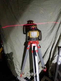 Topcon Rl-h5a Auto-nivellement Rotary Grade Laser Niveau W Trépied Avec